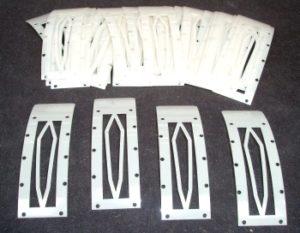 Laserschneiden von Distanzstücke aus PET-Mylar-Folie