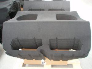 Laserschneiden von Fahrzeugverkleidungen aus Trilaminat