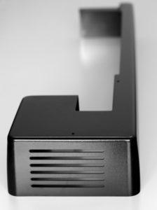 Laserschneiden von Maschinenverkleidungen aus ABS
