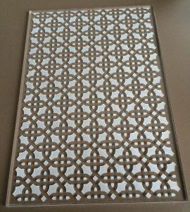Lasergravieren und laserschneiden von Acrylglas Plexiglas