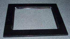 Laserschneiden von Rahmen aus Präzisionsacrylglas