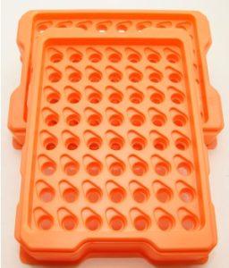 Laserschneiden von Polystyrol-Kleinpaletten