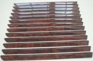 Laserschneiden von Zierleisten aus thermogeformten ABS-Folien