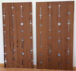 Laserschneiden von Wandverkleidung aus MDF furniert