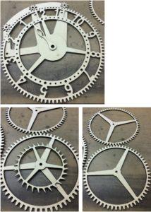 Laserschneiden von Dekorationsuhr aus Pappelsperrholz
