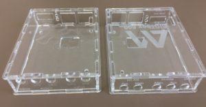 Laserschneiden und lasergravieren von Gehäuse aus Acrylglas